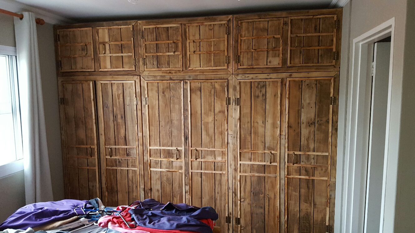 Bedroom Furniture Made From Pallets