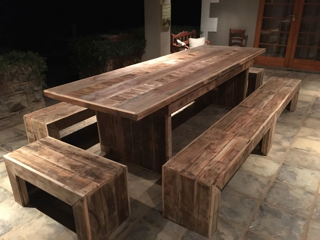 Cc03 Handcrafted Pallet Tables Creative Wood Creations
