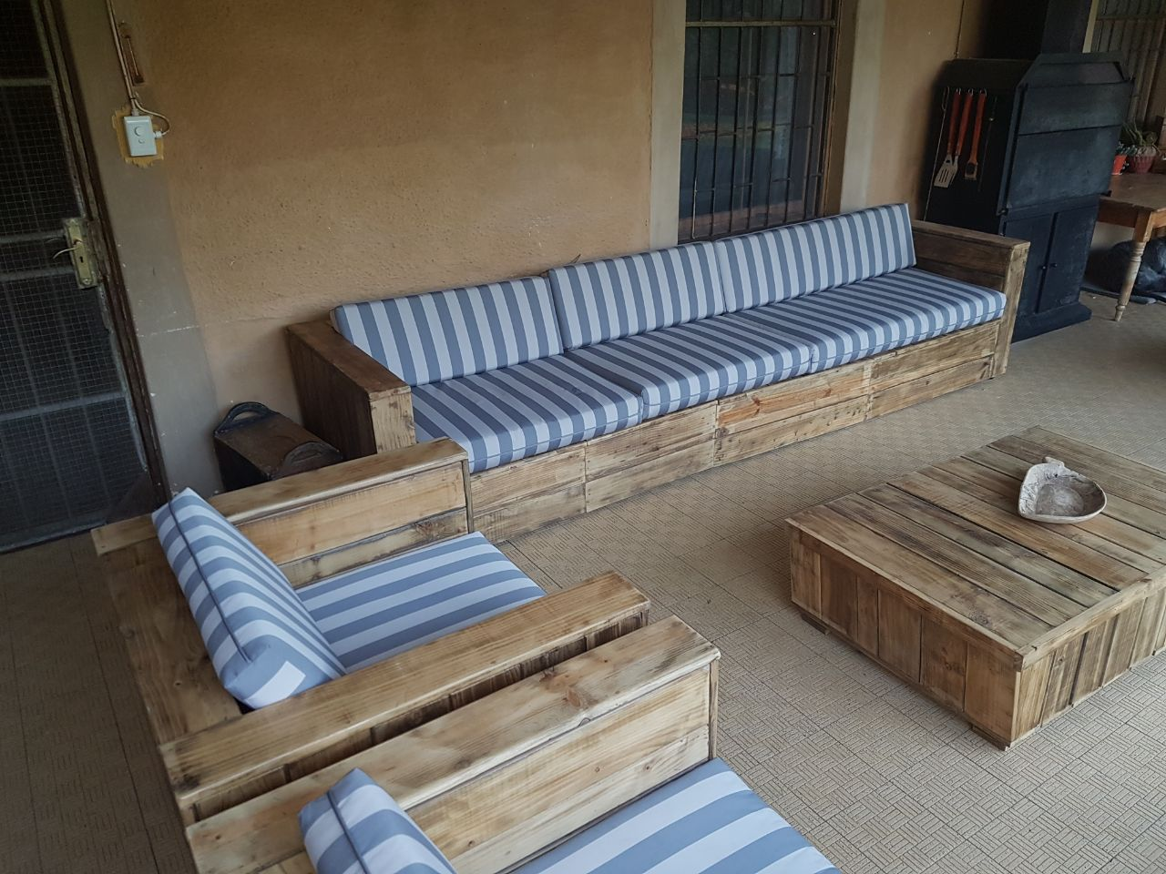 Cc01 Custom Made Pallet Patio Sets Creative Wood Creations